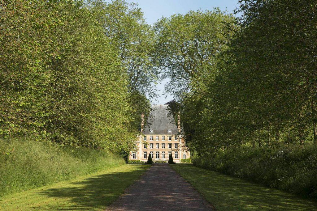 Photo de la façade du chateau de Bénéauville, chambre d'hôte en normandie