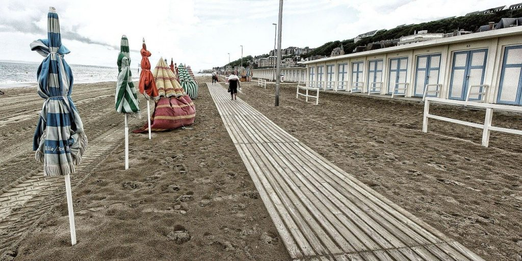 photo de la plage de trouville en normandie